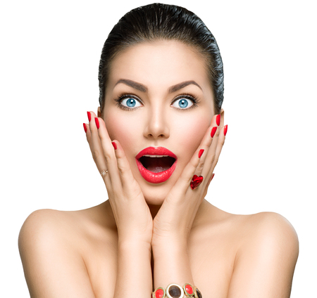 Foto de Beauty fashion surprised woman portrait - Imagen libre de derechos