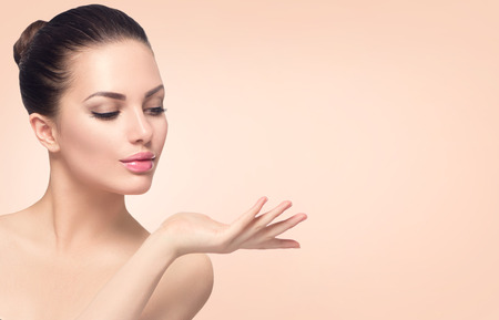 Foto de Beauty spa woman with perfect skin - Imagen libre de derechos