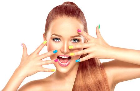 Photo pour Beauty girl with colorful manicure and fashion makeup - image libre de droit