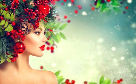 Photo pour Christmas hairstyle. Holiday makeup closeup - image libre de droit