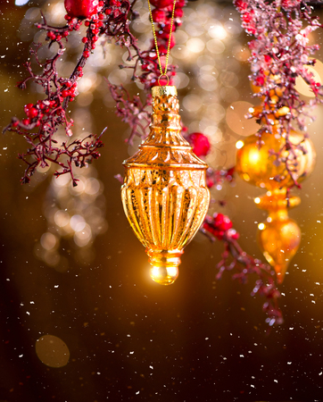 Photo pour Christmas and New Year golden decorations. Abstract blinking holiday background - image libre de droit