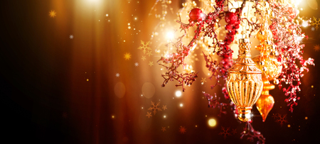 Photo pour Christmas and New Year golden decoration. Abstract blinking holiday background - image libre de droit