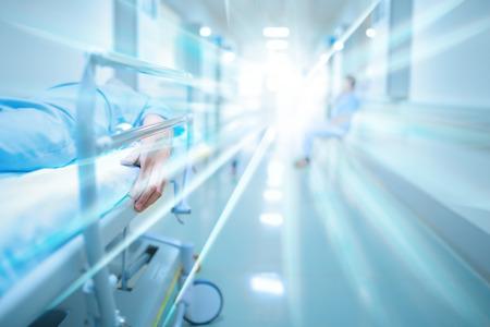 Foto de Dead patient in hospital corridor - Imagen libre de derechos