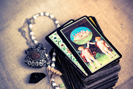 Photo pour Tarot cards - image libre de droit