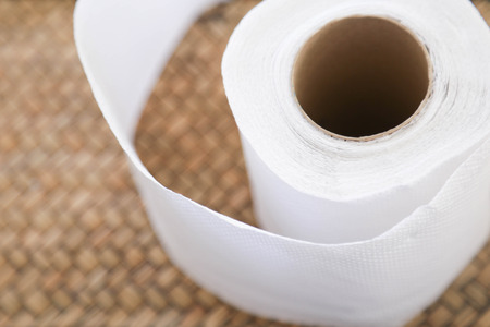 Foto de tissue paper roll - Imagen libre de derechos