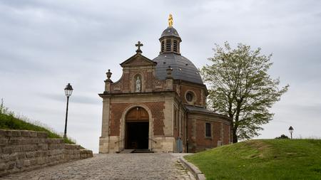 Photo pour Chapel 'Onze-Lieve-Vrouw van Oudenberg' on top of the Oudenberg, Geraardsbergen, Flanders, Belgium - image libre de droit