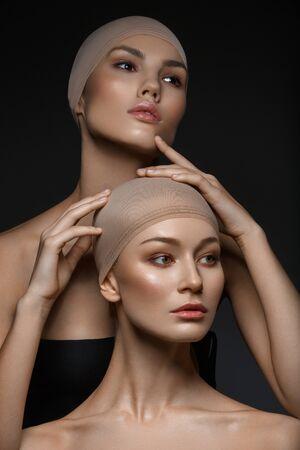 Foto de beautiful girls with natural makeup - Imagen libre de derechos