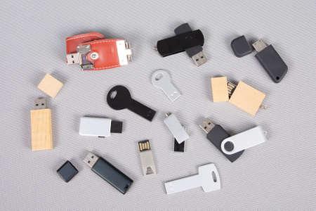 Photo pour batch of multiple usb key different for template and mock up - image libre de droit