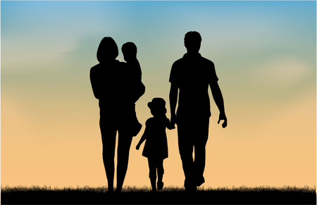 Foto de Family silhouettes in nature. - Imagen libre de derechos