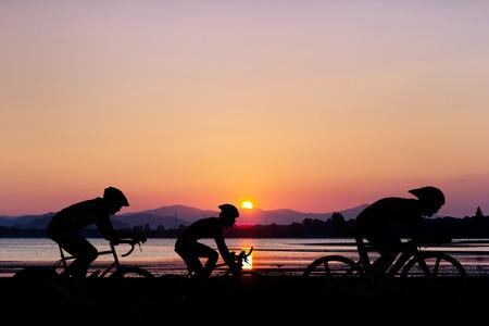 Foto de Cycling at black mountain and beach on twilight in Thailand Triathlon - Imagen libre de derechos