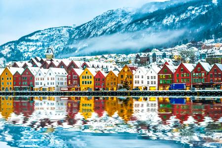 Photo pour view on Bruges. Bergen Norway - image libre de droit