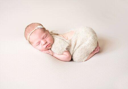 Photo pour Little new born kid - image libre de droit