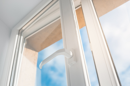 Photo pour Open window. PVC plastic. - image libre de droit