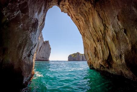 Foto de Blue grotto in Capri island, Italy. Inside cave view. - Imagen libre de derechos