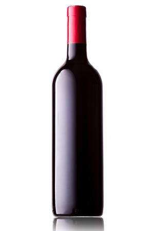 Foto de Wine bottle on white background with reflection - Imagen libre de derechos
