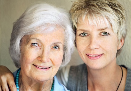 Photo pour Senior mother and mature daughter portrait, 25 years between them - image libre de droit