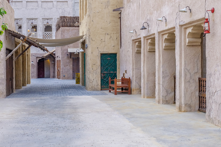 Foto de View of the streets of the old Arab city Dubai UAE. - Imagen libre de derechos