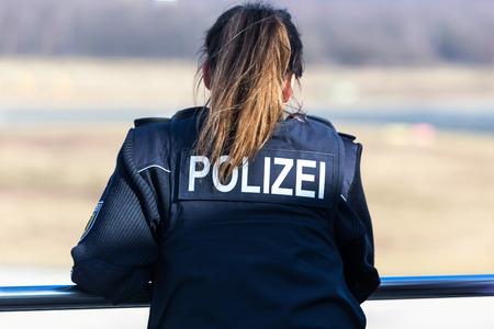 Foto de german female police officer - Imagen libre de derechos
