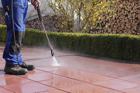 Foto de High-pressure cleaner, terrace - Imagen libre de derechos