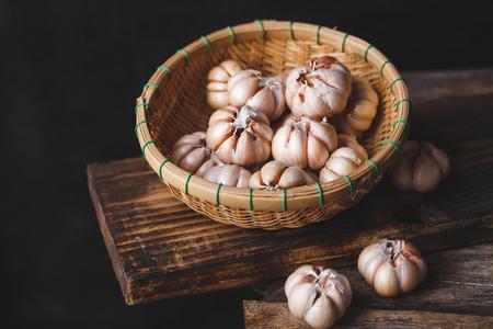 Photo pour Garlics close up - image libre de droit