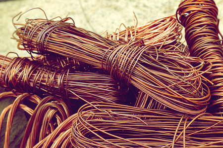 Foto de copper wire from factory used for recycling. - Imagen libre de derechos