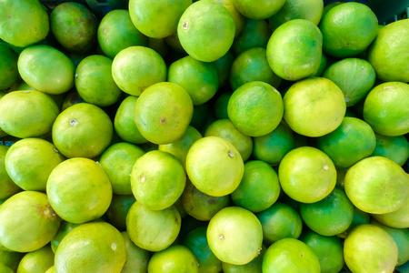 Foto de Lime for sell at market - Imagen libre de derechos