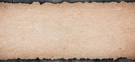 Photo pour Old rustic blank paper put on wooden tabletop use for texts display - image libre de droit