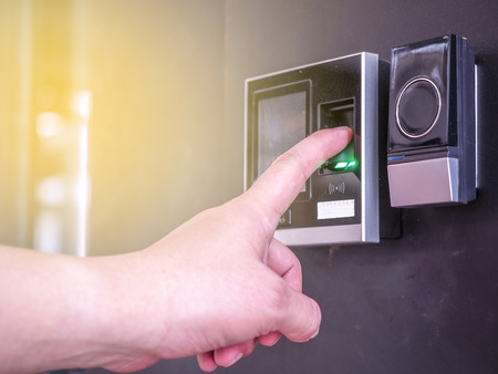 Foto de Finger print scan for unlock door security system - Imagen libre de derechos