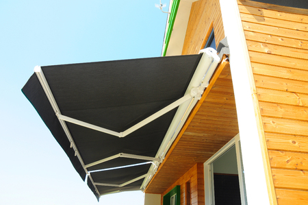 Foto de Sun Shade Curtains - Sun Protection. Sheer Curtains, Solar Shades Are Popular Window.  Shades, Blinds, Curtains for Energy Efficiency. Protection Against Sun and Heat. - Imagen libre de derechos