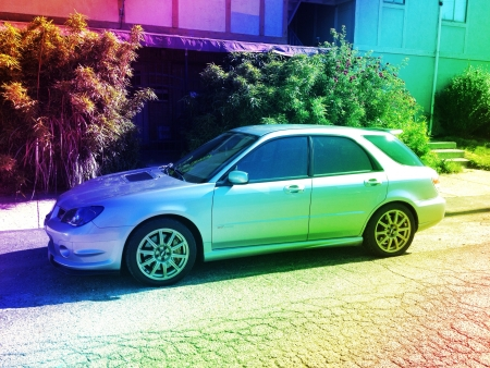 Photo pour A fantastic example of an sti convert on a wrx wagon. Last year of the true station wagon body full swap inside and out pushing over 325 hp on Cobb access port. A perfect four door sports car that practical economical durable and an all around fun automob - image libre de droit