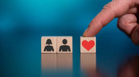 Photo pour Concept of love on wooden cubes - image libre de droit