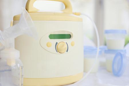 Photo pour Electric Breast Pump - image libre de droit