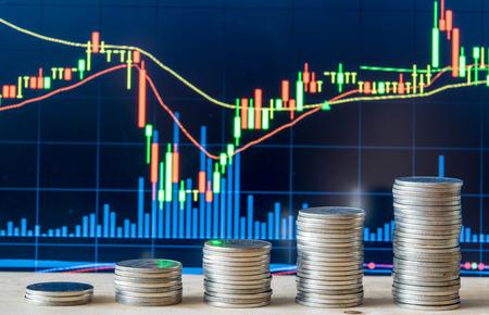 Photo pour stock Market Chart with currency - image libre de droit