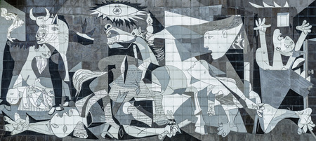 Photo pour Tile Reproduction of Picassos Guernica Painting, Guernica - Spain - image libre de droit