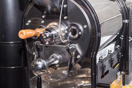 Foto de empty coffee roaster without coffee - Imagen libre de derechos