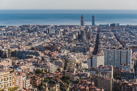 Foto de Barcelona panoramic view from mountain - Imagen libre de derechos