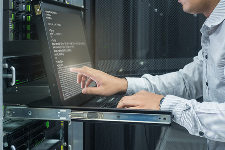 Foto de system administrator working in data center - Imagen libre de derechos