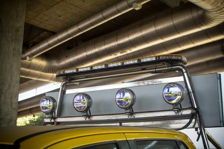 Photo pour the Fog lamps on roof car Lead the procession - image libre de droit