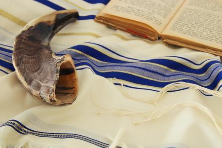 Photo pour Prayer Shawl - Tallit, jewish religious symbol. - image libre de droit