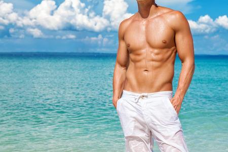 Photo pour Get the perfect beach body for the summer - image libre de droit