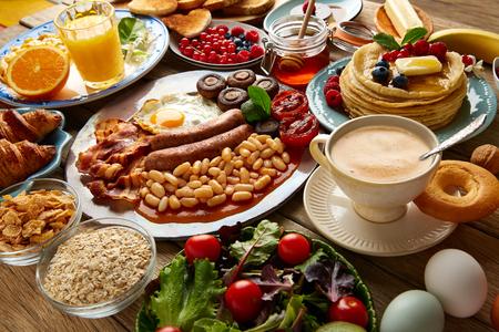 Photo pour Breakfast buffet full continental and english coffee orange juice salad croissant fruit - image libre de droit
