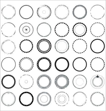 Illustration pour Set of round and circular decorative patterns - image libre de droit