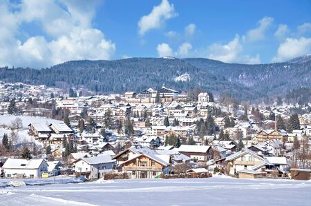 Foto de Winter in Village of Bodenmais in bavarian Forest,lower Bavaria,Germany - Imagen libre de derechos