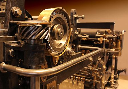 Foto de Old printing press, mechanical gears - Imagen libre de derechos