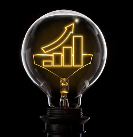 Photo pour Clean and shiny lightbulb with a growing bar chart as a glowing wire.(series) - image libre de droit