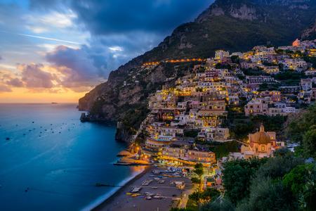 Foto de Sunset over Positano near Sorrento at Amalfi Coast in Italy - Imagen libre de derechos