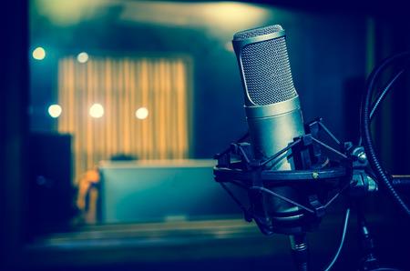 Photo pour Professional condenser studio microphone, Musical Concept - image libre de droit
