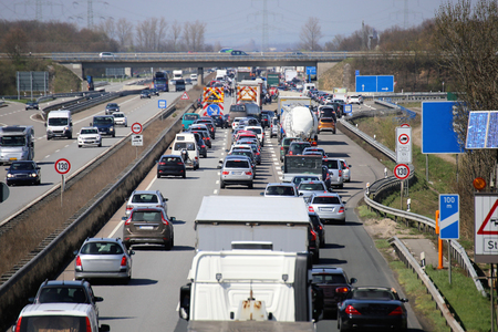 Foto de Traffic jam on a german highway - Imagen libre de derechos