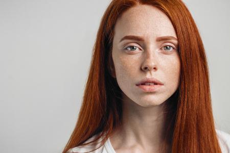 Foto de Human face expressions and emotions. - Imagen libre de derechos