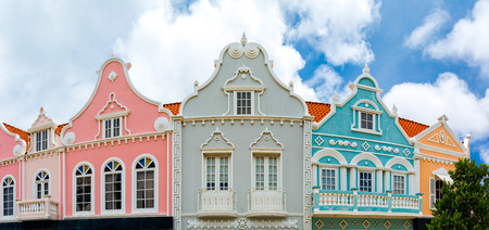 Photo pour Oranjestad downtown panorama with typical Dutch colonial architecture. Oranjestad is the capital and largest city of Aruba - image libre de droit